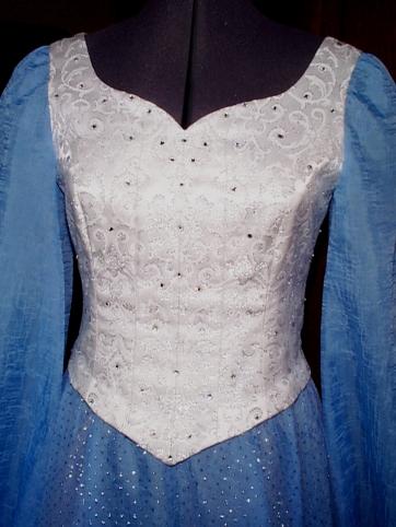 03-17-03, Kristien's dress 03