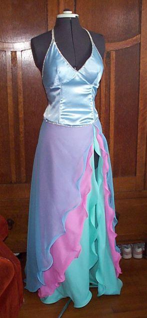 08-30-04, Courtney's gown 1
